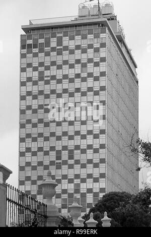 MONTERREY, NL/MEXICO - NOV 10, 2003: View of the Condominio Acero, at the Macroplaza - Stock Photo