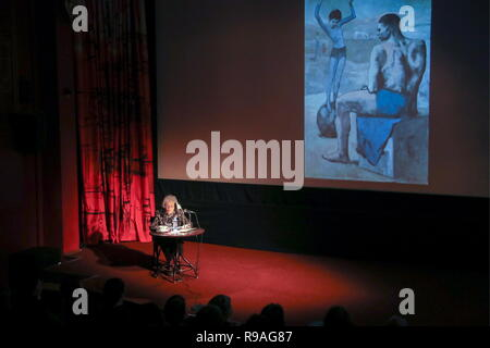 Moscow, Russia. 21st Dec, 2018. Irina Antonova, president of the Pushkin State Museum of Fine Arts, during a lecture titled ' A Love Story: Pablo Picasso and Olga Khokhlova' at the Eldar Cinema Club. Vyacheslav Prokofyev/TASS Credit: ITAR-TASS News Agency/Alamy Live News - Stock Photo