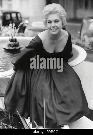 KIM NOVAK. 1956. - Stock Photo