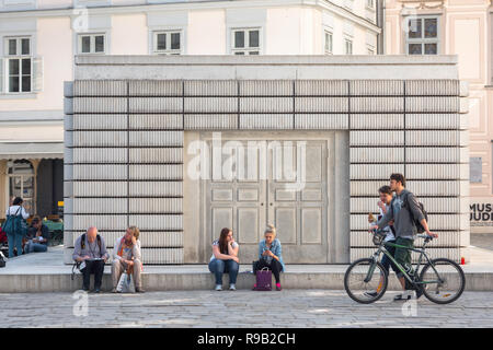 Vienna holocaust memorial, the Holocaust-Denkmal designed by Rachel Whiteread is a memorial to the 65,000 Austrian jews who died during the Holocaust. - Stock Photo
