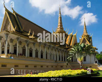 Magnificent Throne Hall containing the Throne Room and Damnak Chan Royal Palace Phnom Penh Cambodia Asia in Royal Palace Gardens - Stock Photo