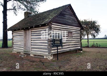 Civil War Era Slave Cabin at Averasboro Battle Field, NC-Circa 2018: Civil War Battlefield and Monuments - Stock Photo