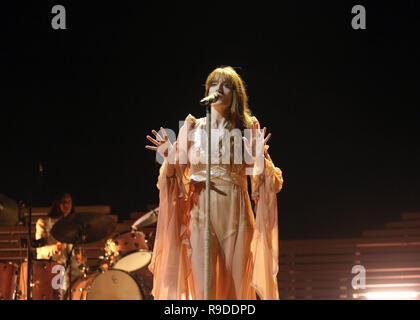 Florence Welch aka Florence and the Machine performing on the first of two nights at the O2 Arena in London on Wednesday 21st November 2018 (Photos by Ian Bines/WENN)  Featuring: Florence Welch, Florence and the Machine Where: London, United Kingdom When: 21 Nov 2018 Credit: WENN.com - Stock Photo