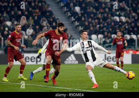 Allianz Stadium, Turin, Italy. 22nd Dec, 2018. Serie A football, Juventus versus Roma; Cristiano Ronaldo of Juventus controls a ball in the box as Federico Fazio of AS Roma challenges Credit: Action Plus Sports/Alamy Live News - Stock Photo