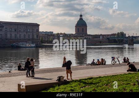 France. Haute-Garonne (31), Toulouse. Quays Saint Pierre and the Garonne