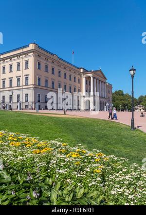 The Royal Palace (Det kongelige slott), Slottsparken, Oslo, Norway - Stock Photo