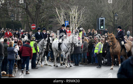Newport, Shropshire, UK. 26th December, 2018. Albrighton Hunt Boxing Day meet in Newport Credit: David Bagnall/Alamy Live News - Stock Photo