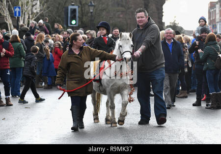 Newport, Shropshire, UK. 26th December, 2018. A young rider following the hunt with a helping hand from mum and dad at Albrighton Hunt Boxing Day meet in Newport Credit: David Bagnall/Alamy Live News - Stock Photo