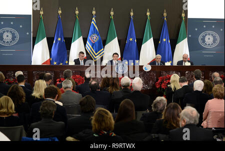 Rome, Italy. 28th Dec, 2018. Roma (Italy) Politic End of year Press Conference by Prime Minister Giuseppe Conte  In the pic the press conference Credit: LaPresse/Alamy Live News - Stock Photo