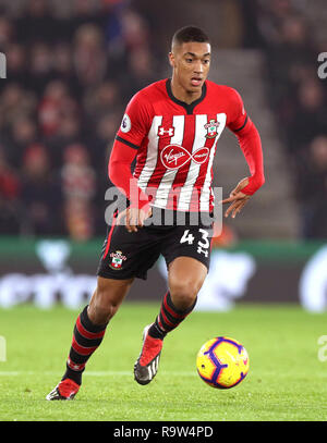 Southampton's Yan Valery during the Premier League match at St Mary's, Southampton. - Stock Photo