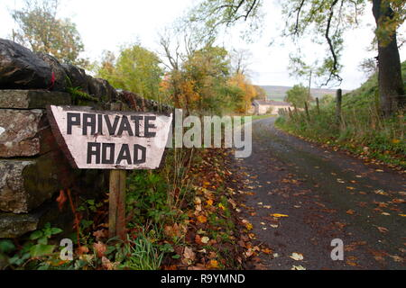 A sign outside a property in Bainbridge,North Yorkshire that simply reads 'Private Road' to deter tourists in the area. - Stock Photo