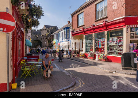 Street views of Tenby Town. Please credit: Phillip Roberts - Stock Photo
