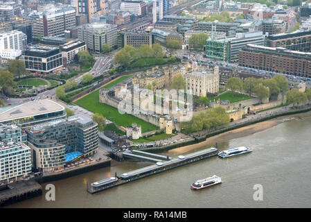 Aerial view of Tower of London at an overcast day - Stock Photo