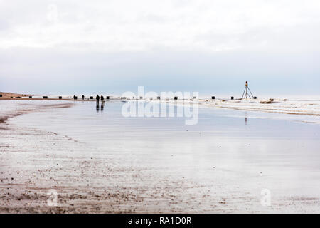 Mablethorpe, Lincolnshire, UK. 30th December 2018. Overcast skies on the East Coast of the UK at Mablethorpe beach 30/12/2018 cloudy sky with the sun trying to burn through Credit: Tommy  (Louth)/Alamy Live News - Stock Photo