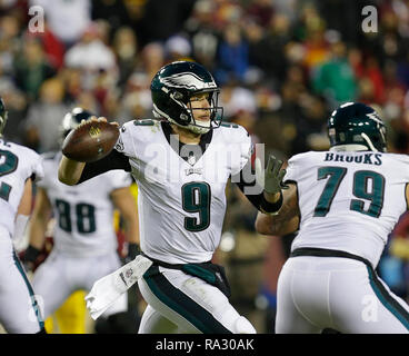 Landover, MD, USA. 30th Dec, 2018. Philadelphia Eagles QB #9 Nick Foles passes the football during a NFL football game between the Washington Redskins and the Philadelphia Eagles at FedEx Field in Landover, MD. Justin Cooper/CSM/Alamy Live News - Stock Photo
