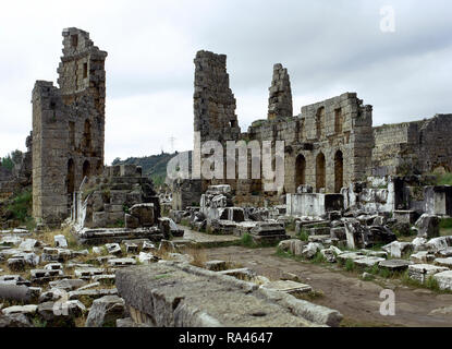 Turkey. Perge. Hellenistic Gate with round towers and honorary Courtyard. The gate was renovated by Plancia Magna (Hadrianic period). Anatolia. - Stock Photo