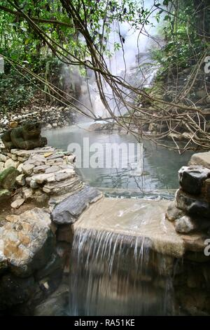 Volcanic fed thermal hot springs in the jungles of Honduras - Stock Photo