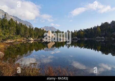 Servaz lake, Mont Avic Natural Park, Aosta Valley, Italy - Stock Photo