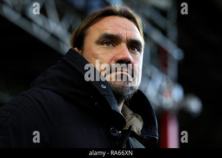 London, UK. 1st Jan, 2018. Norwich City Manager Daniel Farke looks on from the dugout. EFL Skybet championship match, Brentford v Norwich City at Griffin Park on New Years Day, Tuesday 1st January 2019 . this image may only be used for Editorial purposes. Editorial use only, license required for commercial use. No use in betting, games or a single club/league/player publications. pic by Steffan Bowen/Andrew Orchard sports photography/Alamy Live news Credit: Andrew Orchard sports photography/Alamy Live News - Stock Photo