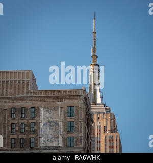 Street view of the Empire State Building, Manhattan, New York City, USA - Stock Photo