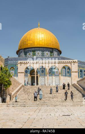 Tourists on a staircase with archway, Dome of the Rock, also Qubbat As-sachra, Kipat Hasela, Temple Mount, Old Town, Jerusalem - Stock Photo