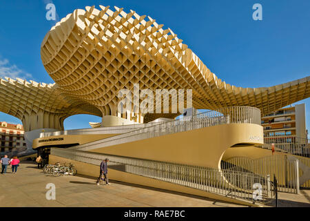 METROPOL PARASOL ENCARNACION SQUARE  SEVILLE SPAIN EARLY MORNING THE ROOF STRUCTURE AND RAMPS