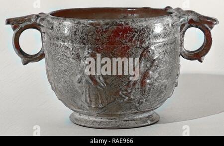 Lead glazed skyphos; roman empire; 1st century; terracotta; 9 × 19.7