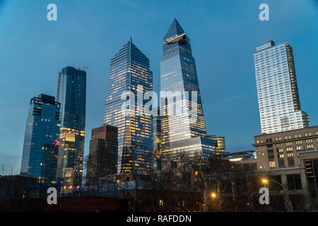 New York NY/USA-December 27,, 2018 10 Hudson Yards, center left, 30 Hudson Yards, center right, and other development around Hudson Yards in New York on Thursday, December 27, 2018. (© Richard B. Levine) - Stock Photo