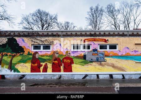 DLRG German Life Saving Society. Colourful building exterior in Oberspreestraße 181,Berlin-Köpenick - Stock Photo