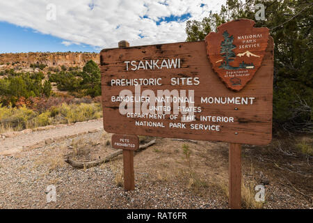Entrance sign at the Tsankawi Prehistoric Sites in Bandelier National Monument near Los Alamos, New Mexico - Stock Photo
