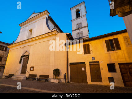 Castel di Tora (Italy) - An awesome mountain and medieval little town on the rock in Turano lake, province of Rieti, Lazio region. Here a view of hist - Stock Photo
