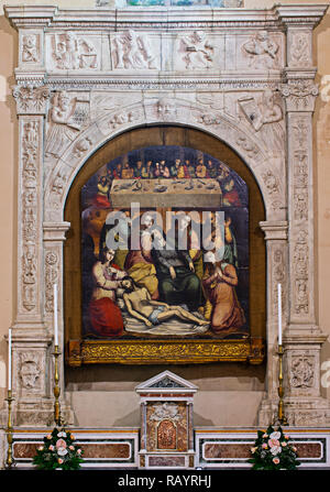 Italy Basilicat Acerenza Cathedral the holy altarpiece painted table 'Last Supper and Deposition' (Antonio Stabile) - Stock Photo
