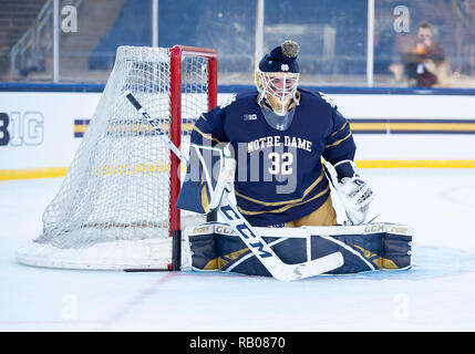 South Bend, Indiana, USA. 05th Jan, 2019. Notre Dame goaltender Cale Morris (32) during NCAA Hockey game action between the Michigan Wolverines and the Notre Dame Fighting Irish at Compton Family Ice Arena in South Bend, Indiana. John Mersits/CSM/Alamy Live News - Stock Photo
