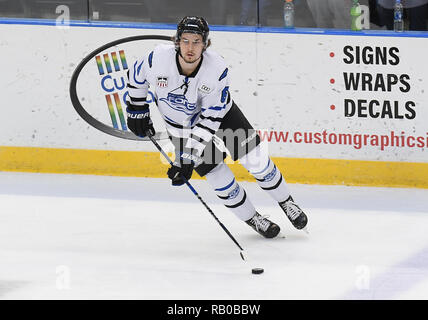 Fargo, ND, USA. 5th Jan, 2019. Fargo Force forward Tyler Gratton (8) skates with the puck during a USHL game between the Green Bay Gamblers and the Fargo Force at Scheels Arena in Fargo, ND. Fargo defeated Green Bay 4-2. Photo by Russell Hons/CSM/Alamy Live News - Stock Photo