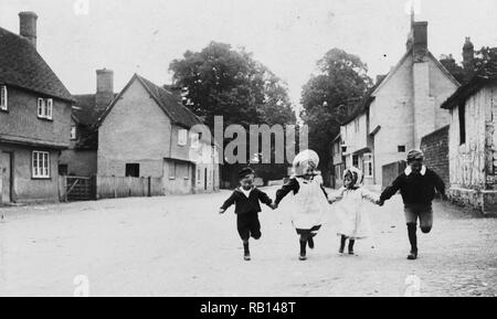 Children coming home from school 1880.jpg - RB148T - Stock Photo