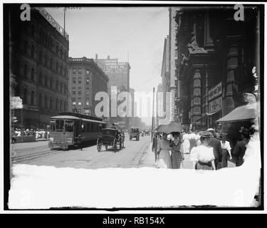 State Street north from Palmer House, Chicago, Ill 1910.jpg - RB154X 1RB154X - Stock Photo