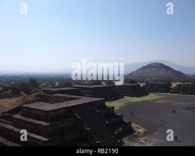 Brilliant Avenue of the Dead and pyramid of the Sun on left at Teotihuacan ruins near Mexico city landscape - Stock Photo