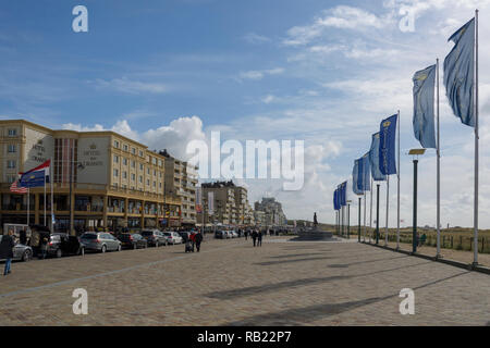 Shore street, kon. wilhelmina boulevard, with hotels, Noordwijk aan Zee, North sea, South Holland, Netherlands - Stock Photo