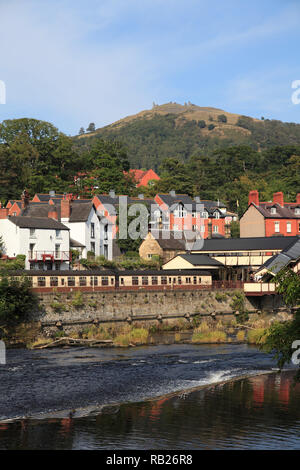 Llangollen, Dee River, Railway Station, Dee Valley, Denbighshire, North Wales, Wales, United Kingdom - Stock Photo