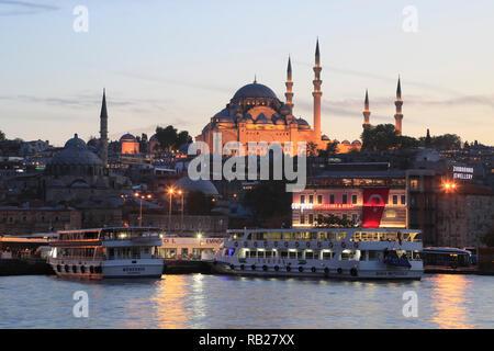 Old City, Suleymaniye Mosque at Dusk, Eminonu, Golden Horn, Bosphorus, Istanbul, Turkey, Europe - Stock Photo