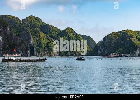 Oyster farm in Halong Bay, vietnam - Stock Photo