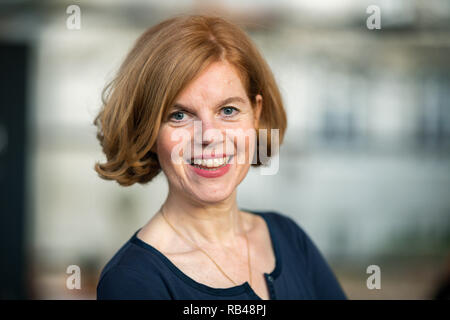 Oldenburg, Germany. 18th Dec, 2018. Jutta Moster-Hoos, director of the Horst-Janssen-Museum Oldenburg, looks into the camera for a photo. (about dpa 'Museums want to rediscover old artists' from 07.01.2019) Credit: Mohssen Assanimoghaddam/dpa/Alamy Live News - Stock Photo