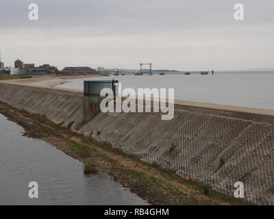 Sheerness, Kent, UK. 7th January, 2019. Brexit: a deep water ro-ro ferry berth remains unused in Sheerness, Kent. The local MP Gordon Henderson (Sittingbourne & Sheppey)  previously suggested the Port of Sheerness could be used to help relieve pressure on Dover following Brexit. The deep water jetty was purpose built for the Olau jumbo ro-ro ferries on the Sheerness-Vlissingen route, which last operated in 1994. Since then, the ferry berth has remained empty, and is only very rarely used for windfarm or other specialised craft. Credit: James Bell/Alamy Live News - Stock Photo