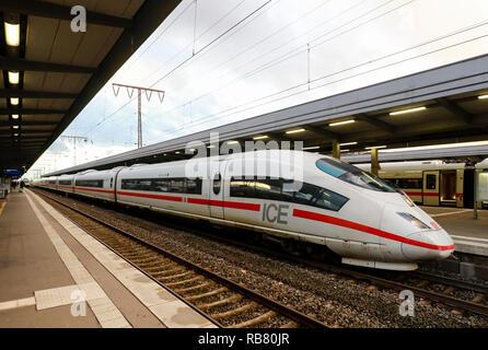 Essen, North Rhine-Westphalia, Ruhr area, Germany - ICE train at Essen central station. Essen, Nordrhein-Westfalen, Ruhrgebiet, Deutschland - ICE-Zug