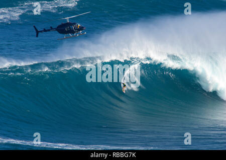 Hawaii, Maui, Peahi (Jaws), Helicopter, Two Surfer Ride A