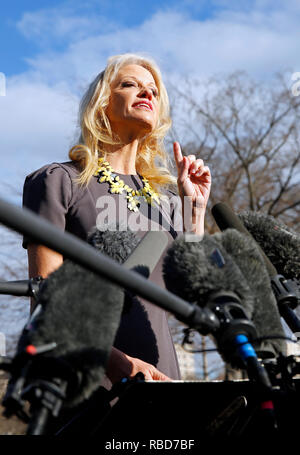 Washington, United States Of America. 09th Jan, 2019. Senior Counselor Kellyanne Conway talks with reporters in the West Wing driveway of the White House, in Washington, DC, January 9, 2019. Credit: Martin H. Simon/CNP   usage worldwide Credit: dpa/Alamy Live News