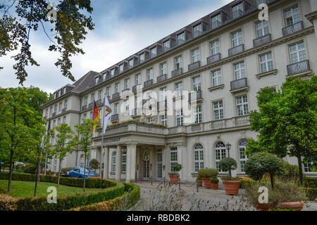 Hotel of Pullman spring court, avenue Monheims, North Rhine-Westphalia, Germany, Hotel Pullman Quellenhof, Monheimsallee, Nordrhein-Westfalen, Deutsch - Stock Photo
