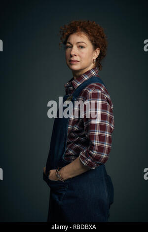 Prod DB © Sky UK Limited - Bad Wolf / DR A DISCOVERY OF WITCHES serie TV 2018- GB saison 1 Alex Kingston. d'apres le roman de Deborah Harkness based on the 'All Souls Trilogy' by Deborah Harkness - Stock Photo