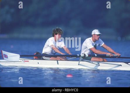 Barcelona, SPAIN. Gold Medalist, GBR M2+, Bow Jonny SEARLE and Greg SEARLE with cox, Gary HERBERT. Training,1992 Olympic Rowing Regatta Lake Banyoles, Catalonia [Mandatory Credit Peter Spurrier/ Intersport Images] Last time Men's coxed pair raced at the Olympics, - Stock Photo