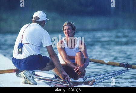 Barcelona Olympic Games 1992 Olympic Regatta - Lake Banyoles CAN W1X. Silken Laumann the boating dock with her coach, Mike SPRACKLEN, {Mandatory Credit: © Peter Spurrier/Intersport Images] - Stock Photo